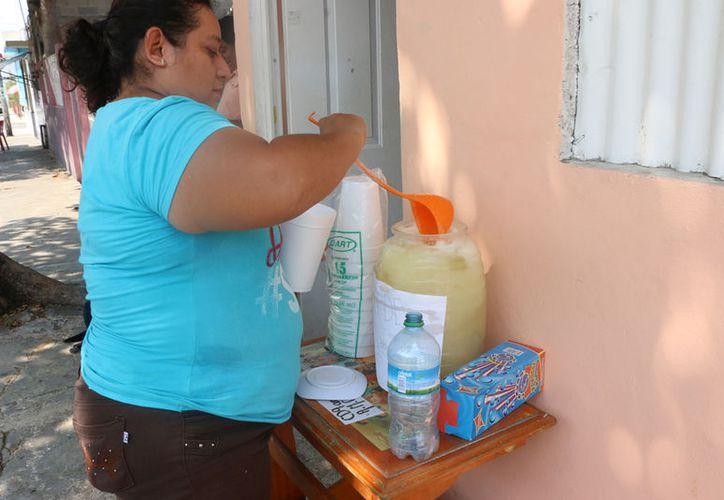 Llaman a tomar previsiones para evitar deshidratación ante las altas temperaturas. (José Acosta/ Milenio Novedades)