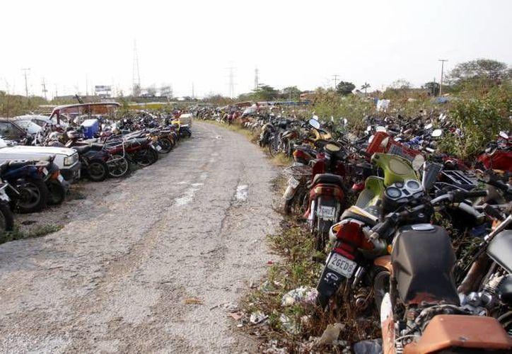 Los representantes del lugar tuvieron que hacer uso del seguro y devolverle una motocicleta idéntica al dueño. (Redacción/SIPSE)