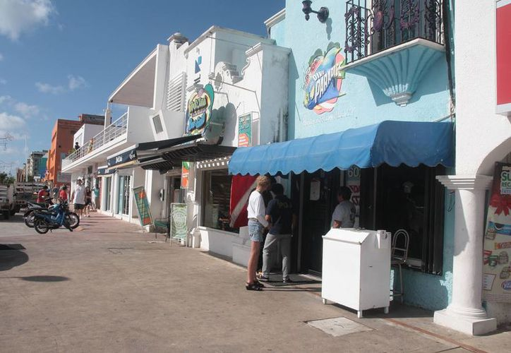 La empresa Dive Paradise se localiza en la avenida Rafael E. Melgar. (Julián Miranda/SIPSE)