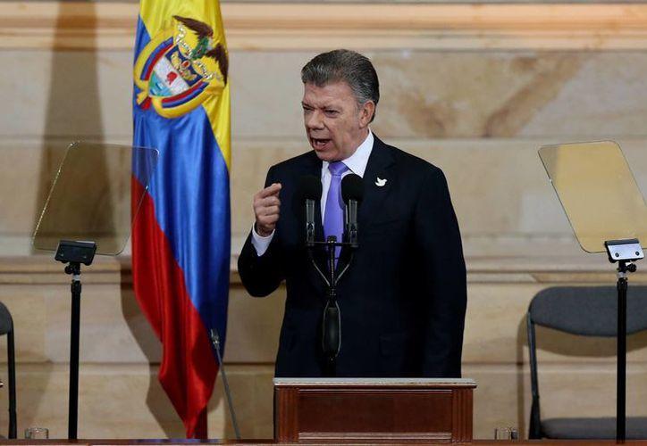 A Juan Manuel Santos le quedan dos años en la presidencia colombiana, años que, según especialistas, serán difíciles para él. (EFE)