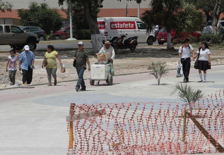 De no concluirse las obras antes de la temporada vacacional, buscarán estrategias para reactivar la economía de los comerciantes. (Tomás Álvarez/SIPSE)
