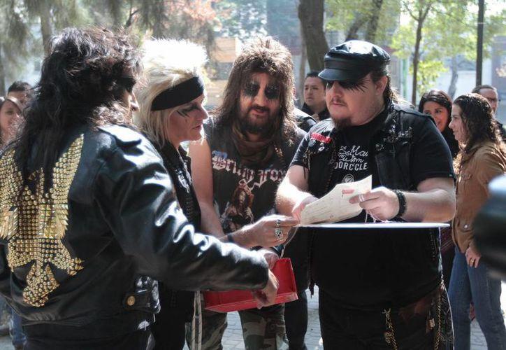 Moderatto, de acuerdo con Jay de la Cueva, una banda  a la que ha defendido en todos los sentidos. (Archivo Notimex)