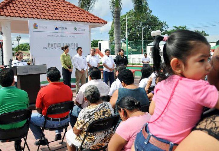 """Las autoridades inauguraron el programa """"Patio Limpio"""". (Cortesía/SIPSE)"""