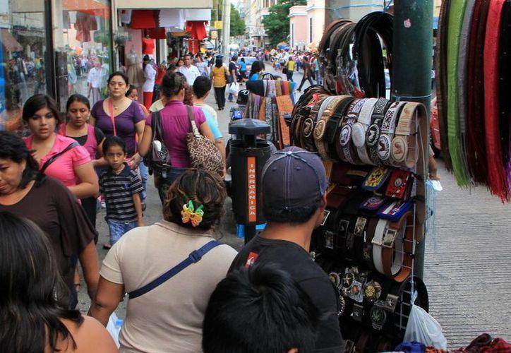 Hoy Yucatán está por arriba de la media nacional en cuanto a comercio ilegal. (Milenio Novedades)