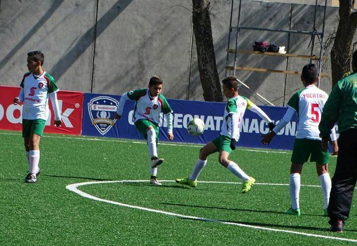 La Selección Yucatán de futbol que participa en el Campeonato Nacional Scotiabank quedó eliminada tras sumar una nueva derrota.(Milenio Novedades)