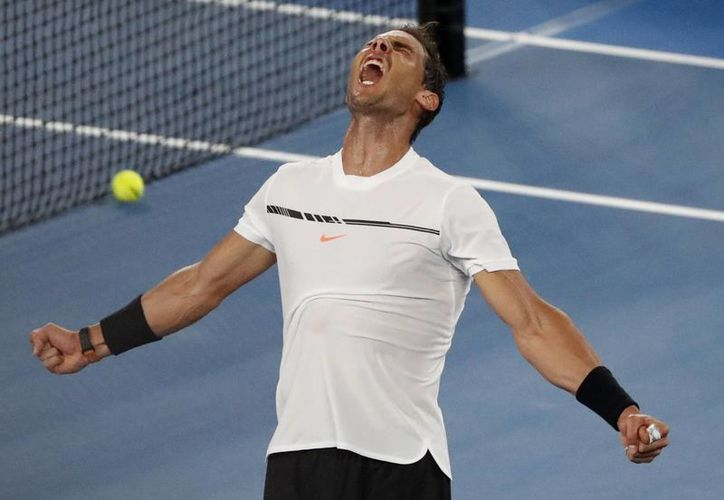 Rafael Nadal no tuvo complicaciones para vencer en cuatro sets al tenista Gael Monfils, en duelo de los Octavos de Final del Abierto de Australia.(Dita Alangkara/AP)