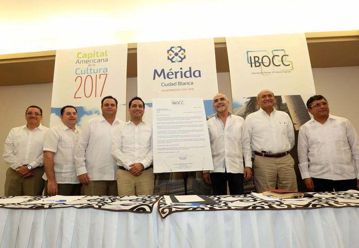 """Empresarios manifestaron su apoyo al Alcalde de Mérida por el  nombramiento a la ciudad como """"Capital Americana de la Cultura 2017"""". (Milenio Novedades)"""