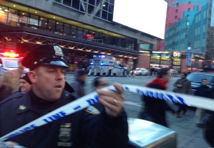 Port Authority es la mayor estación de Estados Unidos y el estallido desencadenó escenas de pánico en Nueva York. (AP)