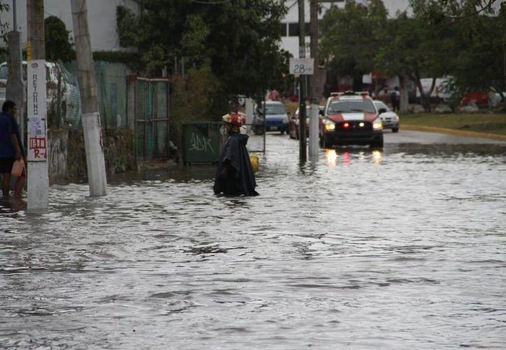 Las inundaciones duraron aproximadamente 20 minutos. (Tomás Álvarez/SIPSE)