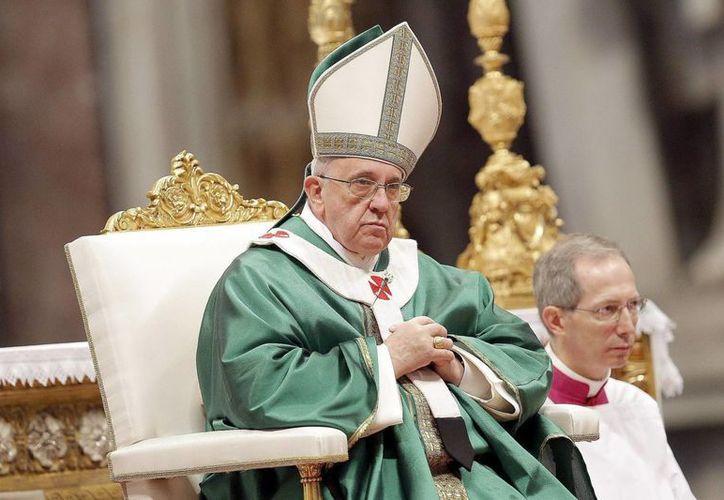 El Papa aceptó la renuncia del monseñor Nel Hedye Beltrán Santamaría por motivos de cansancio y enfermedad. (EFE)