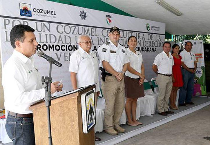 El alcalde Fredy Marrufo implementó en el año que concluye diversos programas y acciones. (Cortesía/SIPSE)