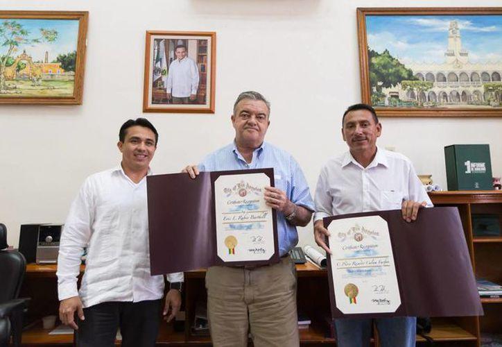 El reconocimiento es por la participación del Gobierno del Estado en el Día del Yucateco en Los Ángeles, en mayo pasado. (Cortesía)