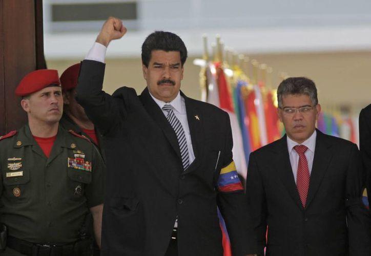 "La sentencia se da a pocas horas de que se convocara la directiva de la Asamblea Nacional para juramentar a Maduro como ""presidente encargado"". (Agencias)"