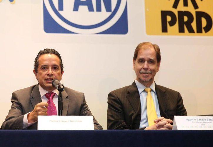 Carlos Joaquín durante una conferencia en la Ciudad de México. (Redacción/SIPSE)