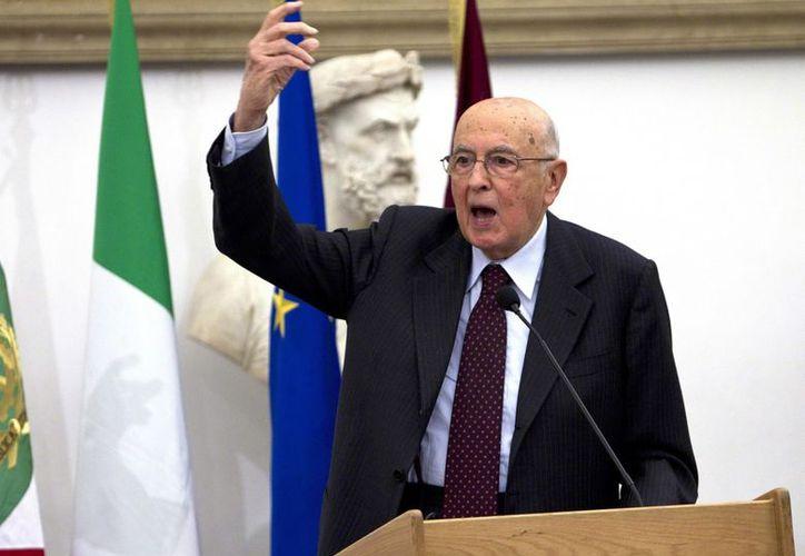 """El presidente italiano, Giorgio Napolitano, deseó que la próxima campaña electoral sea """"comedida y constructiva"""". (EFE)"""