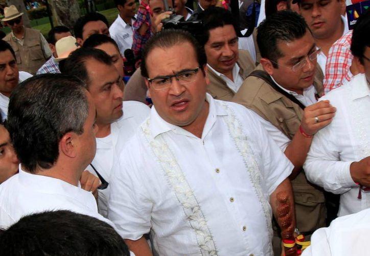 El gobernador de Veracruz, Javier Duarte, se convirtió en blanco de críticas por señalar vínculos de periodistas con el crimen organizado. (Archivo/Notimex)