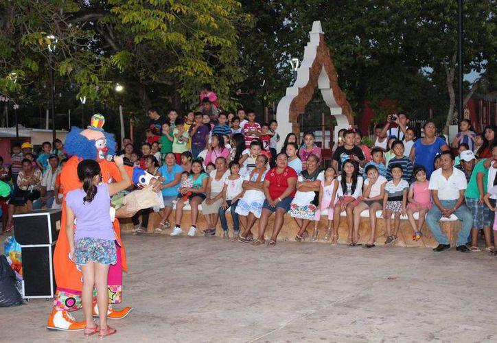 En lo que va del año la Secretaría de Desarrollo Agrario, Territorial y Urbano delegación Yucatán ha entregado  11 parques y canchas deportivas. (Foto cortesía del Gobierno)