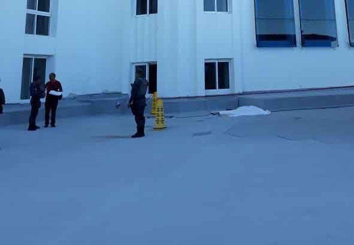 Las autoridades señalaron que el ahora occiso no estaba hospedado en ese hotel. (Eric Galindo/SIPSE)