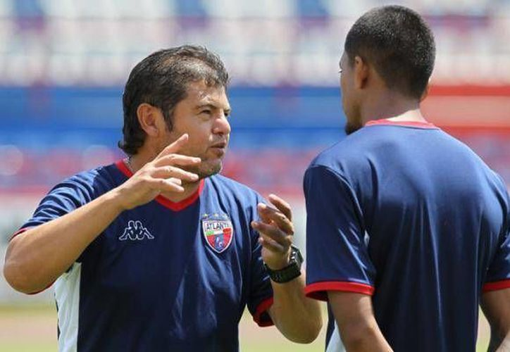 El futuro de Daniel Guzmán en el equipo, se esclarecerá la semana entrante con la directiva. (Cortesía)