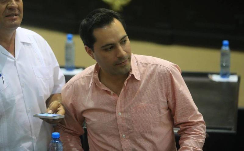 La encuesta publicada ayer por Grupo SIPSE dio una ligera ventaja al alcalde con licencia, Mauricio Vila Dosal. (SIPSE)