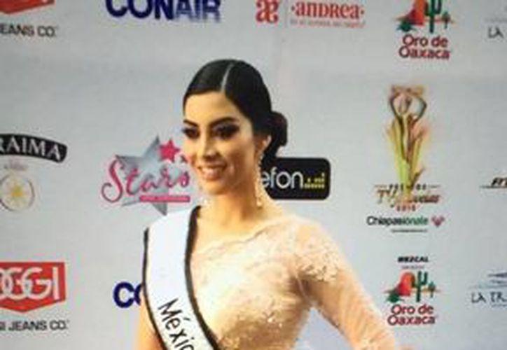 Wendolly Esparza, Nuestra Belleza México 2014, anunció que México participará en el concurso Miss Universo, tras la 'salida' de Donald Trump de la organización del evento. (Facebook/Wendolly Esparza)
