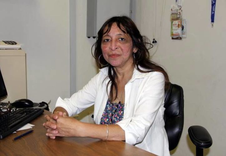 Flor Santana Zapata, de Dona Esperanza, afirma que la insuficiencia renal crónica afecta a dos mil personas en Yucatán. (Milenio Novedades)