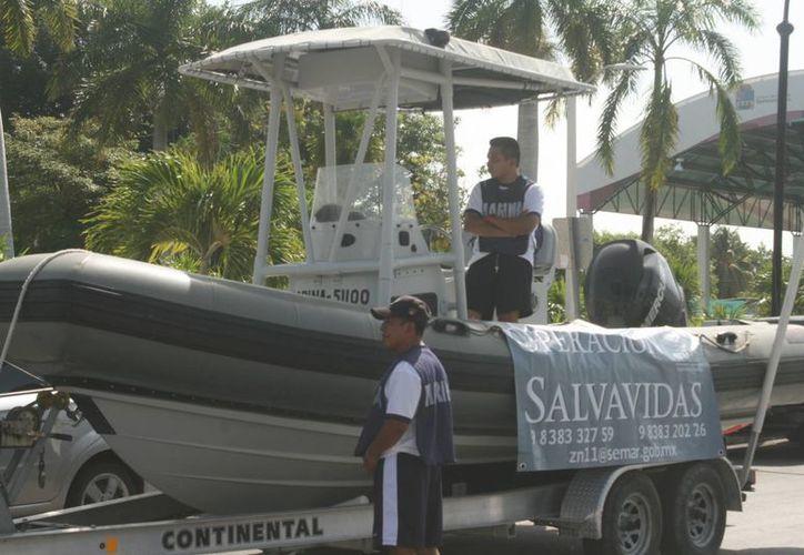 Salvavidas, enfermería, médicos e infantes, resguardarán la seguridad de vacacionistas en cinco playas y balnearios del municipio. (Harold Alcocer/SIPSE)