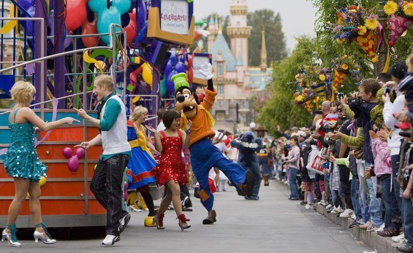 Disney indicó que están colaborando con las autoridades para ofrecer la ayuda que sea necesaria. La imagen corresponde al Disney California Adventure. (lostsummit.net)
