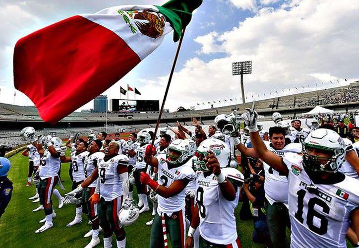 México apalea a EU y va por título Mundial Sub-19 en americano (Foto: Imago7)