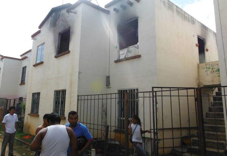 El siniestro se registró en el fraccionamiento Villas Otoch Paraíso. (Eric Galindo/SIPSE)
