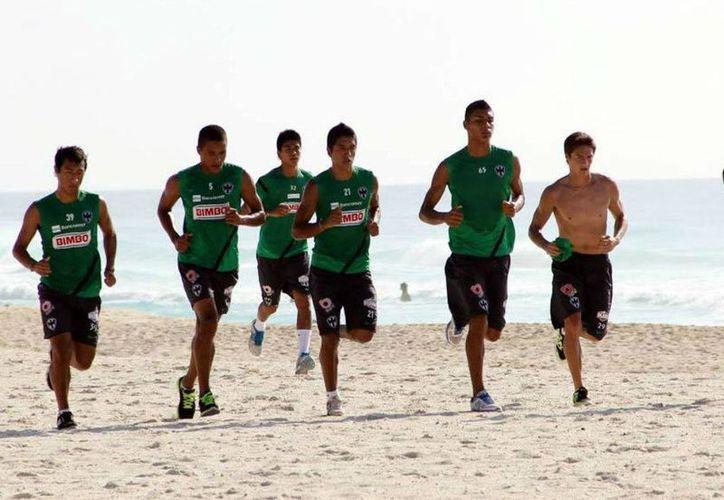 El día miércoles 26 de junio iniciarán su preparación física en Cancún, aún se desconoce la sede. (Foto de Contexto/Internet)