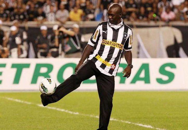 Según la prensa italiana Seedorf rescindiría su contrato con el Botafogo, con un año de anticipación si la propuesta del Milan se concreta. (Terra)