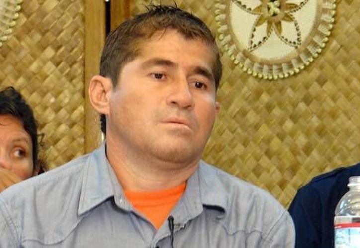 Alvarenga fue recibido por su familia, que lo creía muerto. (CNN)