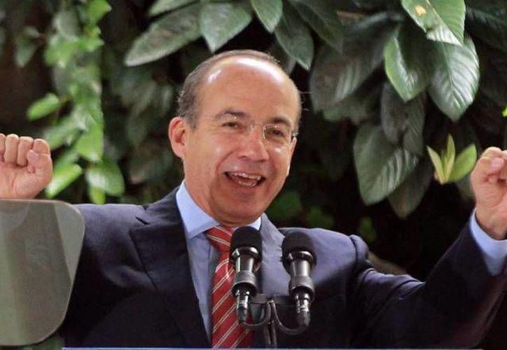 Felipe Calderón dijo que respeta las críticas a la política de seguridad que desarrolló durante su mandato. (Archivo/SIPSE)