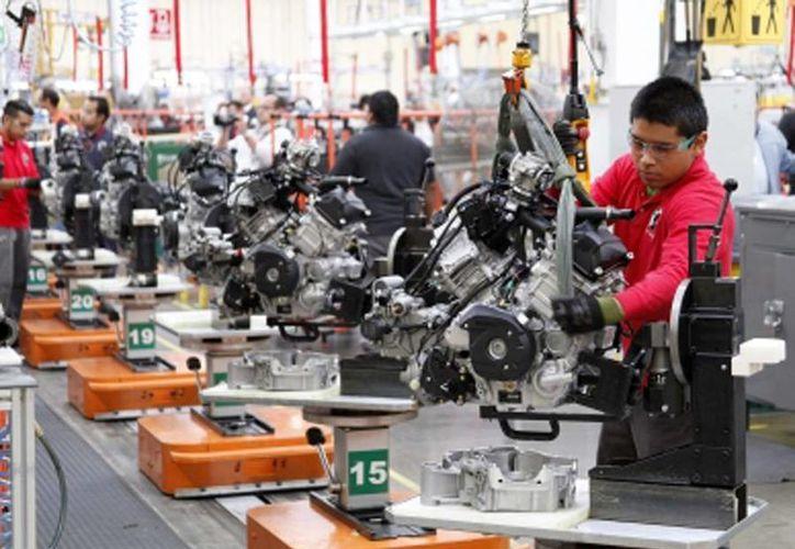 Este jueves se dio a conocer que la economía de México creció un 0.5 % durante el segundo trimestre. (Notimex)