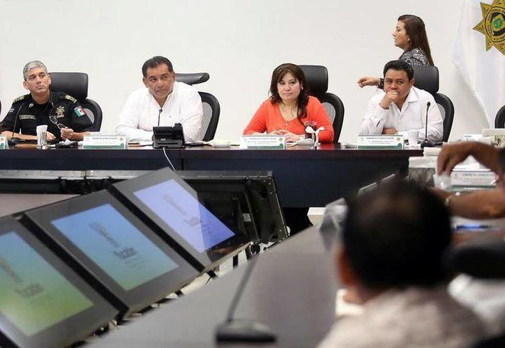 Ayer se reunieron los integrantes del Grupo de Coordinación Yucatán. (SIPSE)