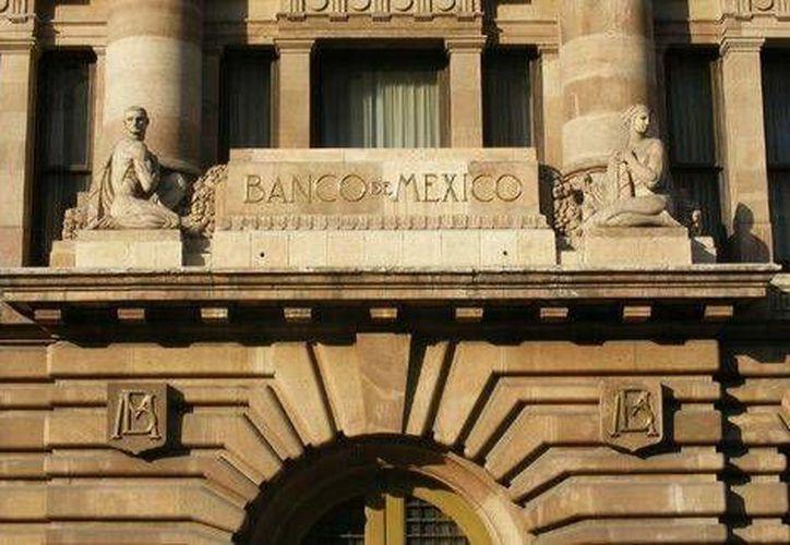 El Banco de México informó que mantendrá en 3.5 por ciento la tasa de interés interbancaria. (Milenio)