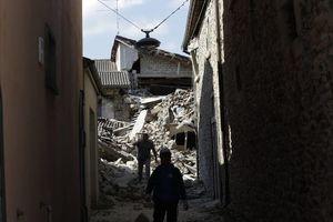 Fuerte sismo sacude el centro de Italia