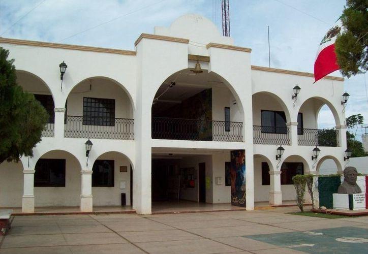 El plan de ahorro presupuestal impulsado por la presidencia municipal contempla el despido de 200 burócratas. (Carlos Yabur/SIPSE)