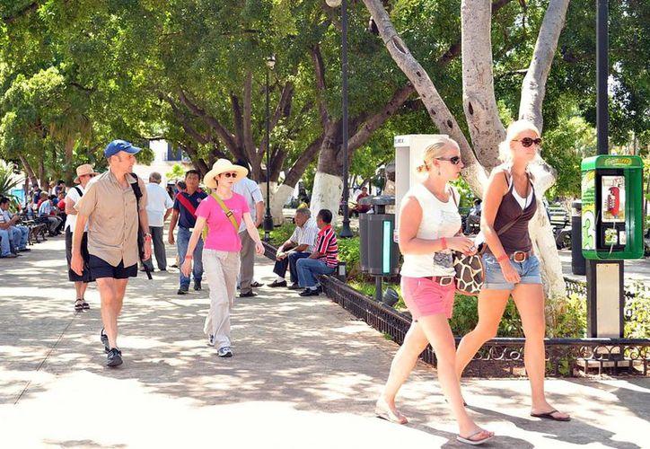 Yucatán es un polo turístico en la región, en donde llegarán muchas personas de otros lugares para hacer sus compras en la ciudad.  (Milenio Novedades)