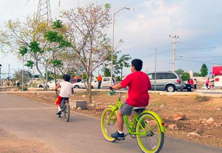 Al final de 2016, iniciarán las obras de construcción del segundo 'paseo verde' de Mérida, en el norte de la ciudad. La imagen corresponde al parque lineal ubicado en el poniente, y está utilizada solo con fines ilustrativos. (Facebook/PaseoVerdeMX)