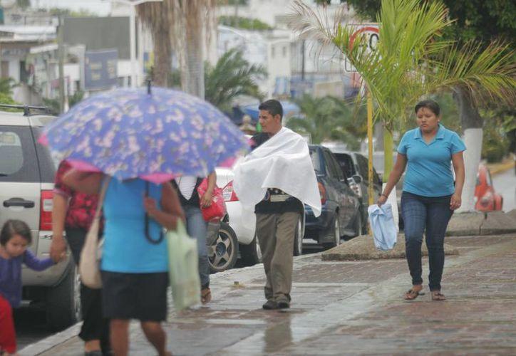 Recomiendan continuar con las medidas precautorias, ya que las lluvias continuarán. (Harold Alcocer/SIPSE)