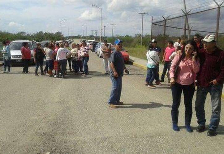 Familiares de los internos del Centro de Ejecución de Sanciones de Altamira, Tamaulipas, fueron informados de las muertes. (Especial/Milenio)