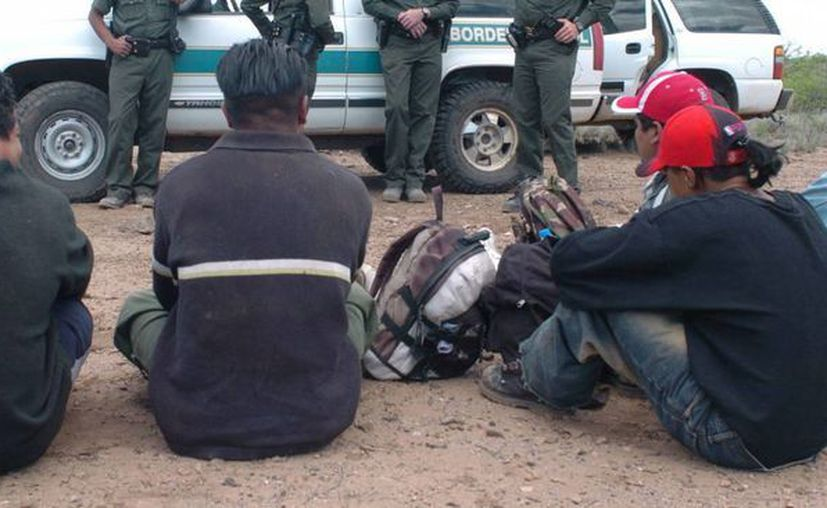 Una corte en San Francisco prohibió que las autoridades de EU mantengan detenidos a cientos de menores indocumentados. (EFE)