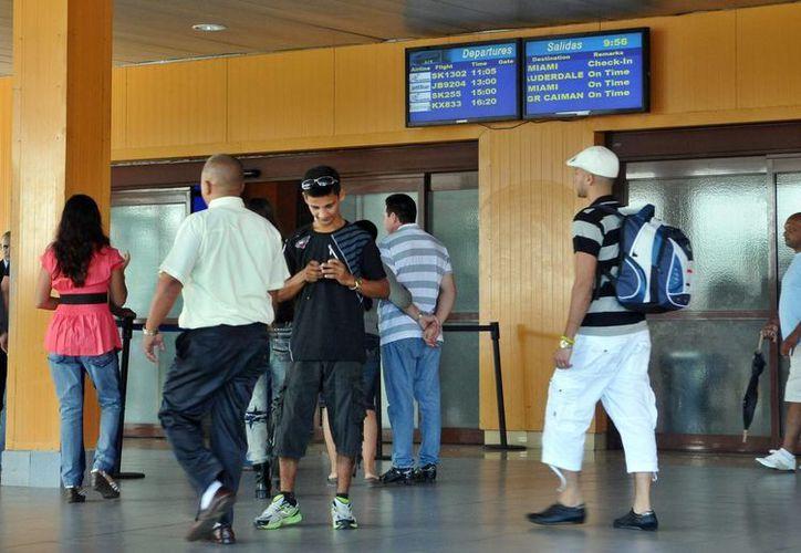La medida ha sido anunciada oportunamente a las compañías aéreas y prestadores de servicios que operan en los aeropuertos. (Notimex)