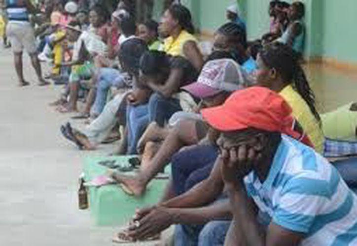 500 haitianos ya fueron regularizados con permiso de un año, visa humanitaria y derecho a trabajo. (Contexto/Internet).