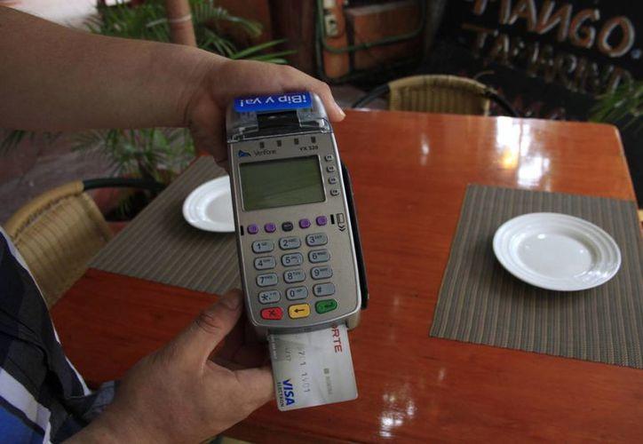 En lo que va del año sólo han reportado a un restaurante de Cancún por negarse a una devolución al cliente. (Tomás Álvarez/SIPSE)