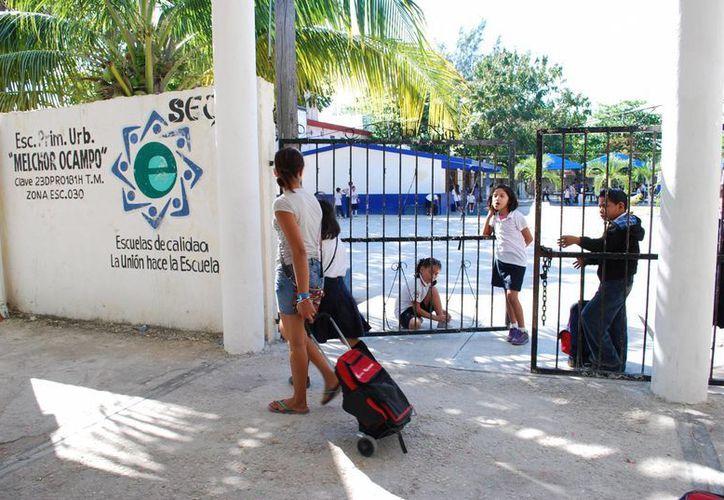 El martes retornan los estudiantes en los plantes educativos. (Tomás Álvarez/SIPSE)