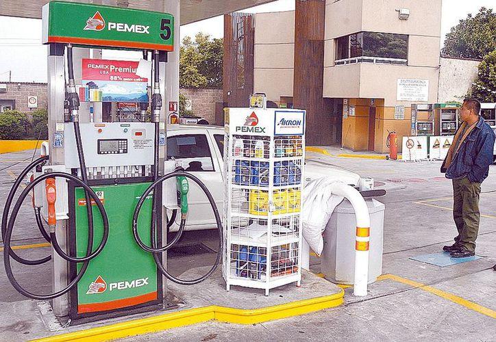En 1991 Pemex vendía 292 millones de litros de lubricantes. (Milenio)