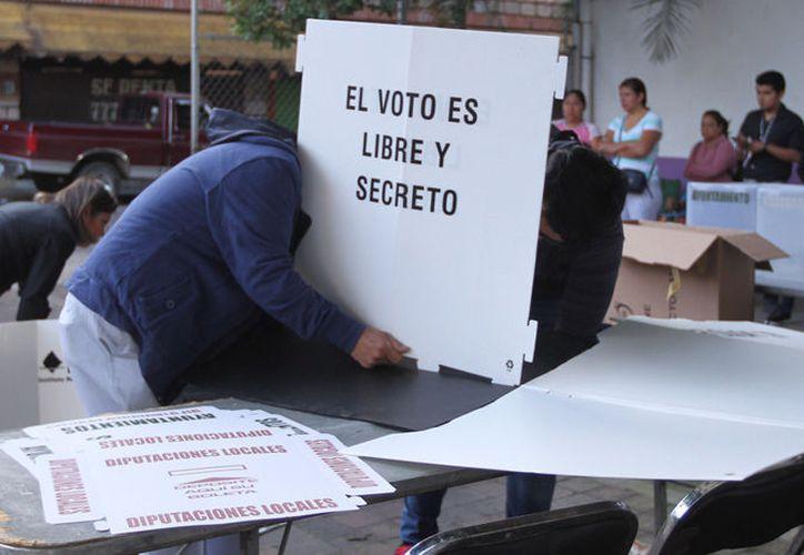 En tanto, en Baja California Sur, Chihuahua, Nayarit y Sinaloa los respectivos cierres se tienen previstos para las 19:00 horas. (Televisa)